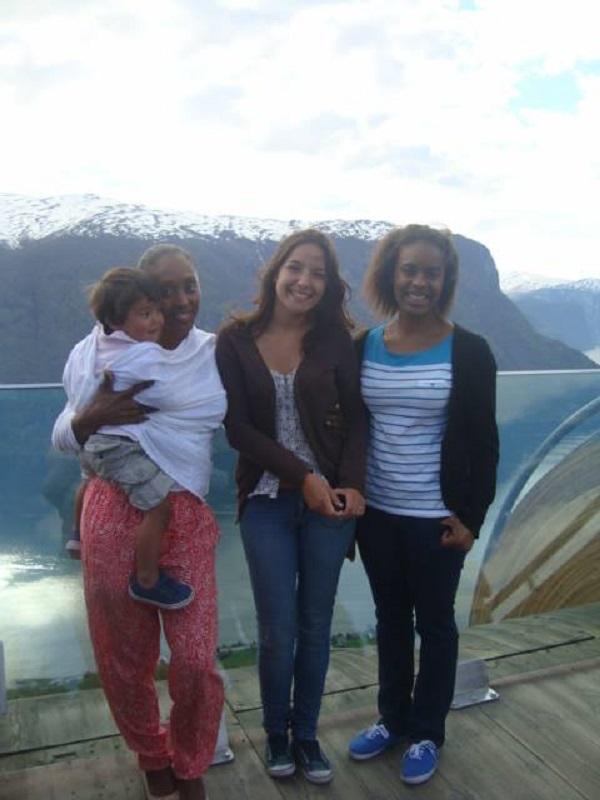 VidaEdu trabalhar com uma familia norueguesa