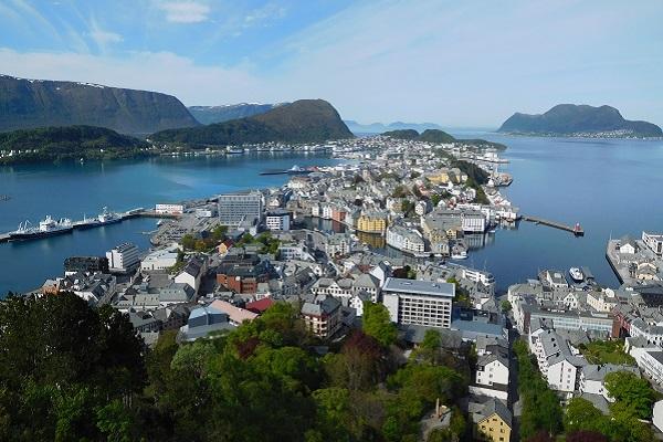 vidaedu estagio trabalho remunerado Alesund noruega