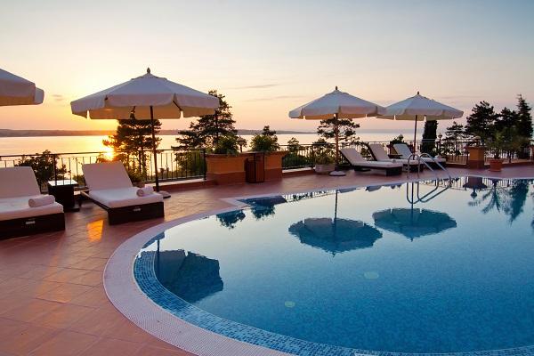 vidaedu emprego trabalho mundo estagio hotelaria turismo hotel espanha