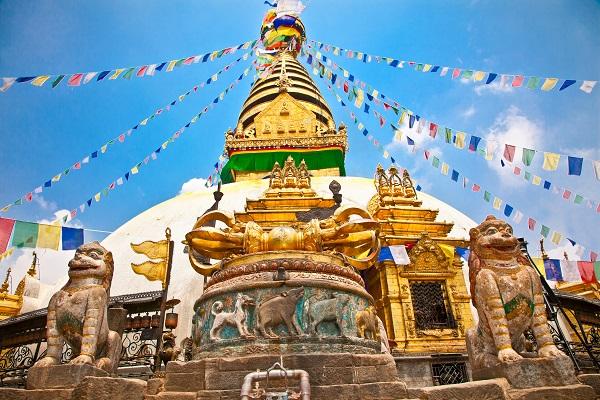 vidaedu viajar voluntariado internacional Swayambhunath Stupa temple nepal