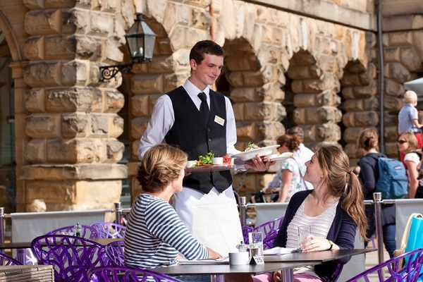 vidaedu estagios ferias verao summer job hoteis restaurantes mundo