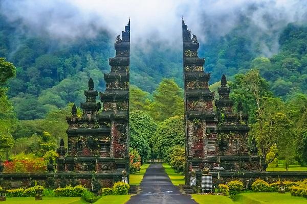vidaedu viajar templo indu bali indonesia