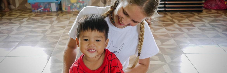 Social com Crianças em Laos