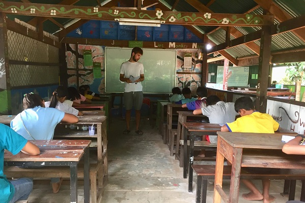 vidaedu social ensino ingles criancas samraong asia cambodja