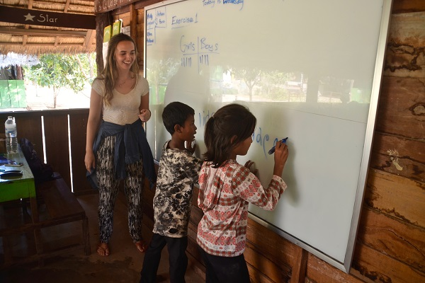 vidaedu voluntariado ensino ingles criancas asia cambodja