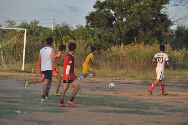 vidaedu voluntariado internacional desporto criancas cambodja