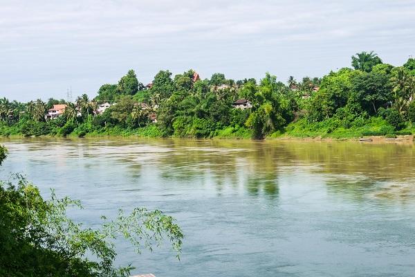 vidaedu voluntariado internacional laos mekong river