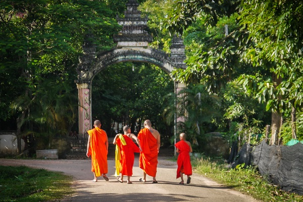 vidaedu voluntariado internacional monks laos asia