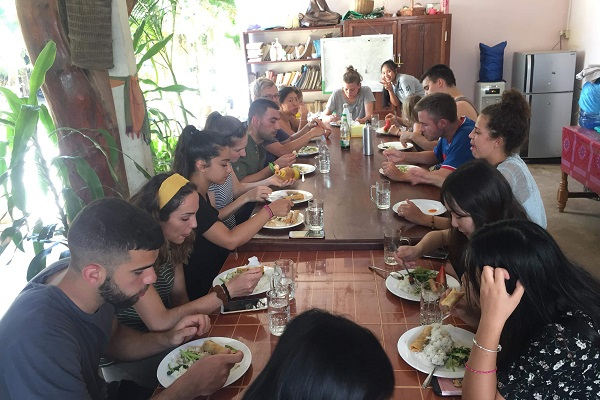 vidaedu voluntariado internacional refeicoes samraong cambodja asia