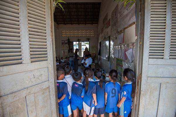 vidaedu volunteer scholl criancas cambodja