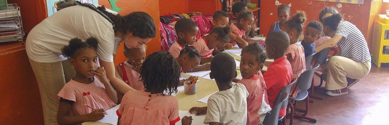 Projeto Ensino com Crianças em Cabo Verde