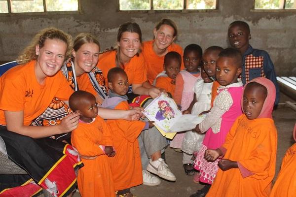 vidaedu ensino criancas monduli tanzania voluntariado africa
