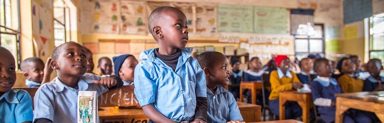 Projeto Ensino a Crianças na Tanzânia