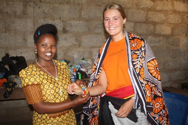 vidaedu voluntariado internacional voluntaria tanzania