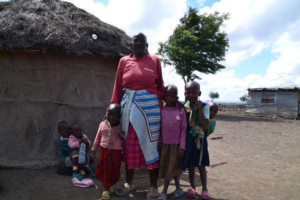 vidaedu voluntariado maasai family tanzania africa