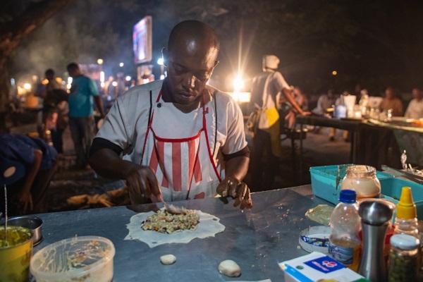 vidaedu Zanzibar night market voluntariado internacional