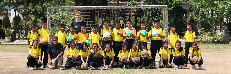 Desporto com Crianças na Tailândia