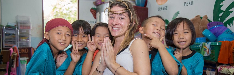 Ensino a Crianças na Tailândia