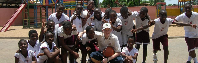 Projeto Desporto com Crianças no Gana