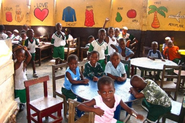 vidaedu volunteer international ensino criancas gana africa