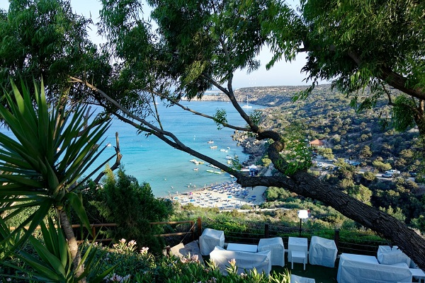 vidaedu estagiar trabalhar hoteis turismo chipre