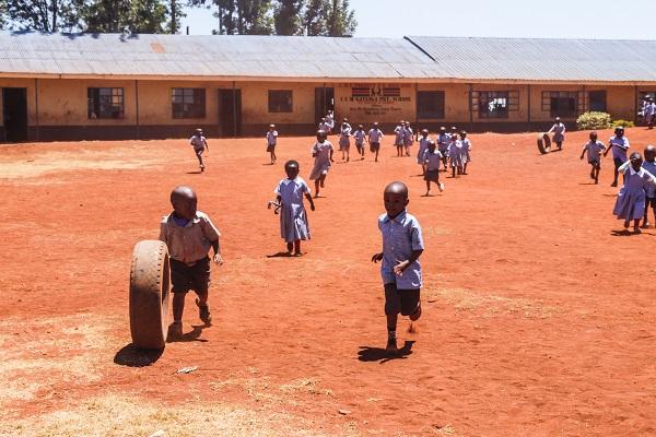 vidaedu volunteer international kindergarten Sports class quenia