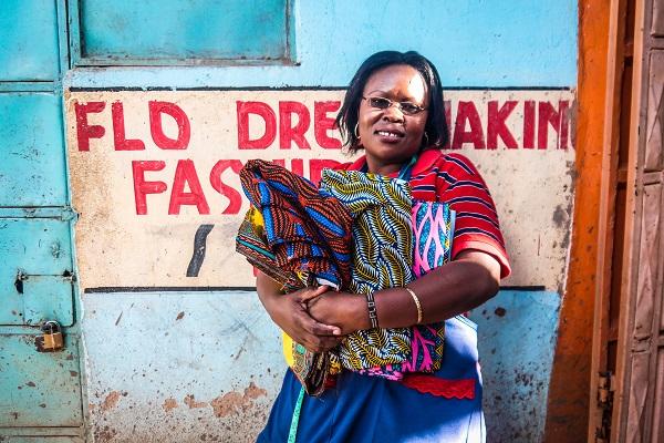 vidaedu women volunteer kenia africa